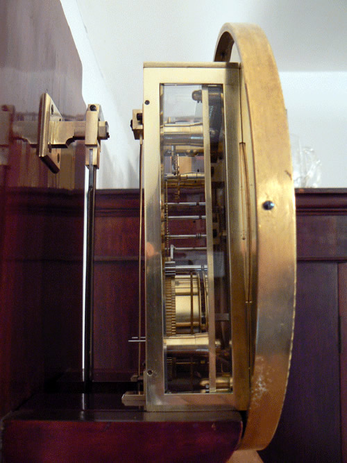 Viennese Laterndl clock side view