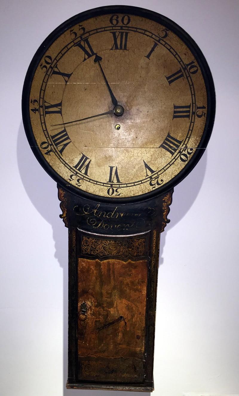 Wall Tavern Clock